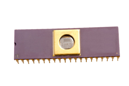 CPU「Integrated circuit with the microprocessor visible」:スマホ壁紙(0)