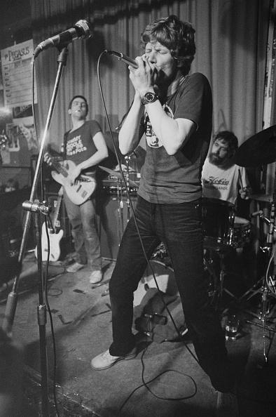 爪弾く「The Blues Band」:写真・画像(9)[壁紙.com]
