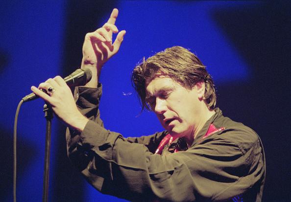Waist Up「Bryan Ferry Live」:写真・画像(12)[壁紙.com]