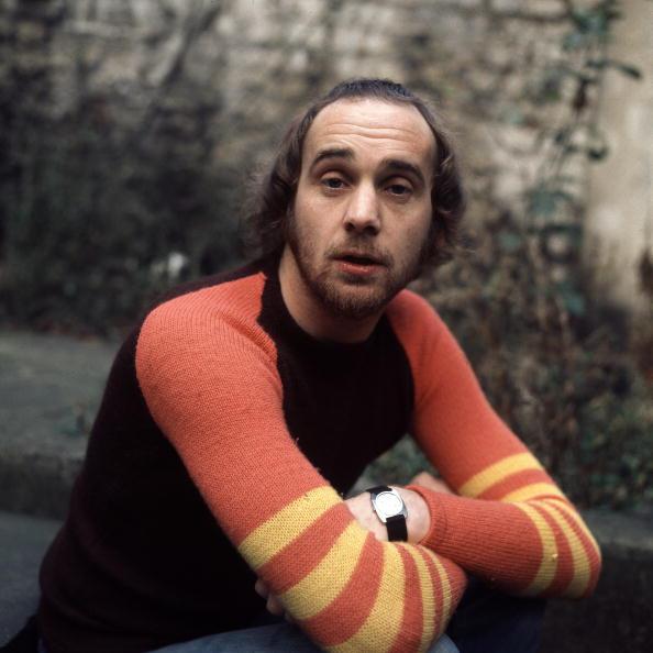 Sweater「Roger Chapman」:写真・画像(2)[壁紙.com]