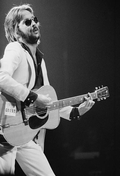 Acoustic Guitar「Clapton On US Tour」:写真・画像(17)[壁紙.com]