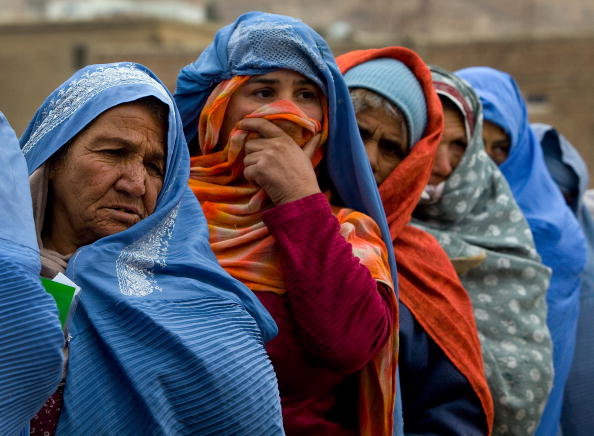 Kabul「CARE Distributes Winter Rations to Afghan Widows」:写真・画像(14)[壁紙.com]