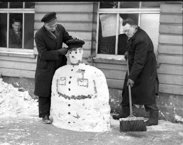 雪だるま「Snowman Cabbie」:写真・画像(3)[壁紙.com]