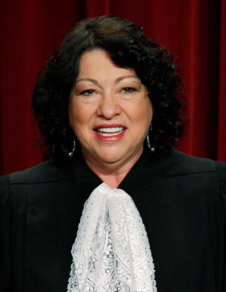 正義「U.S. Supreme Court Justices Pose For Group Photo」:写真・画像(10)[壁紙.com]