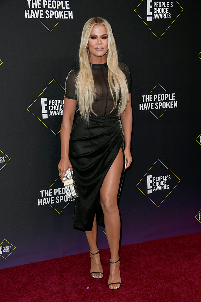 Multi Colored Purse「2019 E! People's Choice Awards - Arrivals」:写真・画像(16)[壁紙.com]