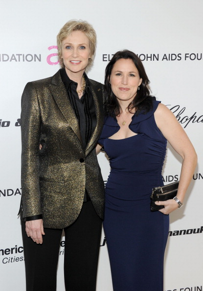 Larry Busacca「19th Annual Elton John AIDS Foundation Academy Awards Viewing Party - Red Carpet」:写真・画像(4)[壁紙.com]
