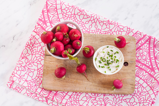 Sour Cream「Bowl of red radishes and bowl of sour cream dip」:スマホ壁紙(7)