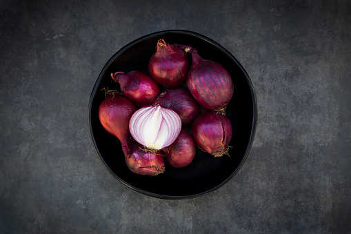 Spanish Onion「Bowl of red onions」:スマホ壁紙(17)
