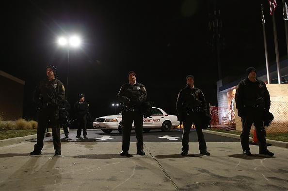 Social Movement「Grand Jury Decision Reached In Ferguson Shooting Case」:写真・画像(7)[壁紙.com]