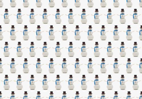 雪だるま「Many Snowmen in Rows.」:スマホ壁紙(17)