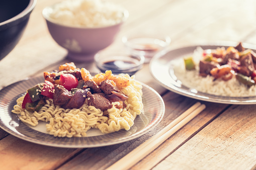 Basmati Rice「Glazed pork with veggies and fruits, served with rice noodle」:スマホ壁紙(9)