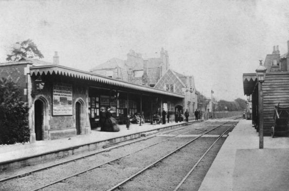 Railroad Station「Mortlake Station」:写真・画像(3)[壁紙.com]