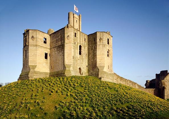 Circa 14th Century「Warkworth Castle, Northumberland, c2000s(?)」:写真・画像(4)[壁紙.com]