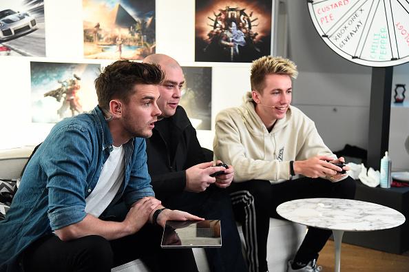 Eamonn M「Xbox One X: Countdown to Launch」:写真・画像(12)[壁紙.com]