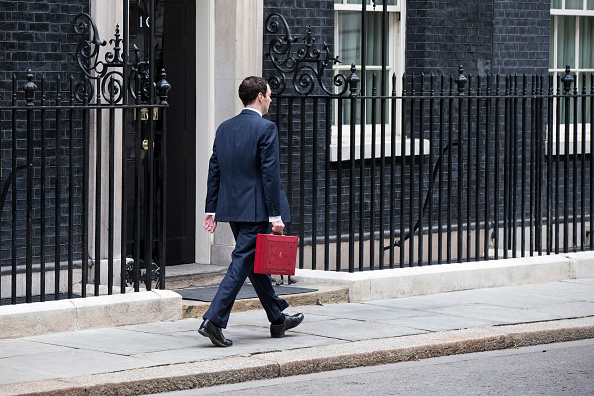 Corporate Business「The Chancellor George Osborne Prepares To Give His Budget To Parliament」:写真・画像(8)[壁紙.com]