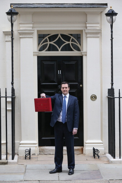 Corporate Business「The Chancellor George Osborne Prepares To Give His Budget To Parliament」:写真・画像(3)[壁紙.com]