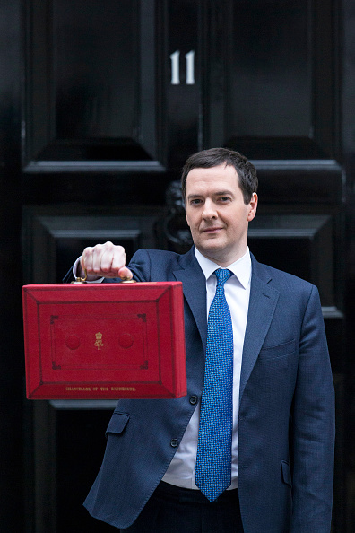 Corporate Business「The Chancellor George Osborne Prepares To Give His Budget To Parliament」:写真・画像(4)[壁紙.com]