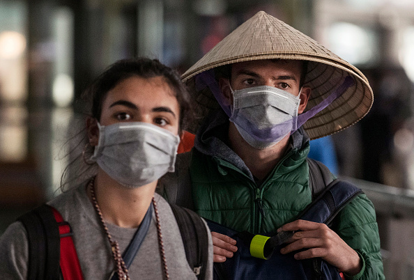 Tourist「Concern In China As Mystery Virus Spreads」:写真・画像(15)[壁紙.com]