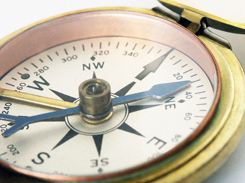Focus On Background「Compass, close-up」:スマホ壁紙(2)