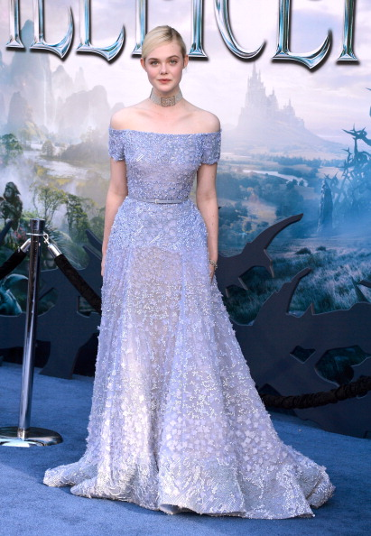 "Elle Fanning「World Premiere Of Disney's ""Maleficent"" - Arrivals」:写真・画像(4)[壁紙.com]"