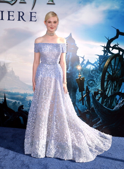 "Train - Clothing Embellishment「World Premiere Of Disney's ""Maleficent"" - Red Carpet」:写真・画像(17)[壁紙.com]"