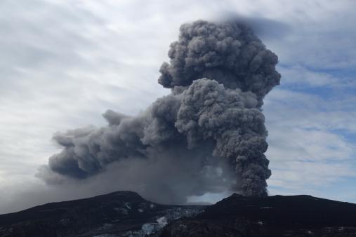 Volcano「May 10, 2010 - Eyjafjallajkull eruption, Iceland.」:スマホ壁紙(6)