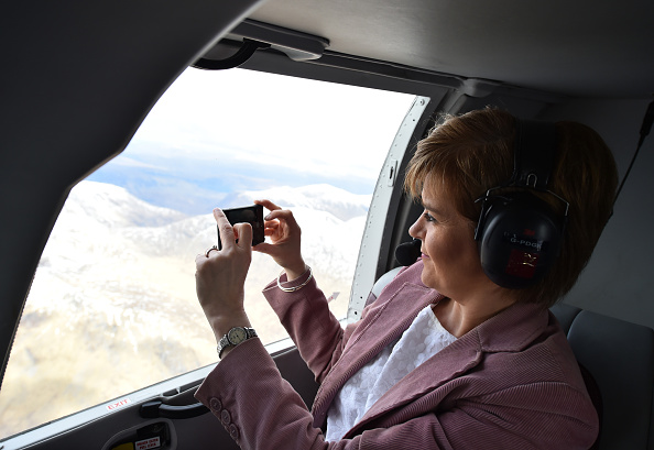 Photography Themes「On Board Nicola Sturgeon's Helicopter As She Flies To The Isle Of Skye」:写真・画像(0)[壁紙.com]
