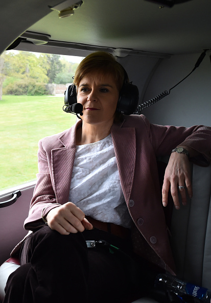 Politics and Government「On Board Nicola Sturgeon's Helicopter As She Flies To The Isle Of Skye」:写真・画像(7)[壁紙.com]