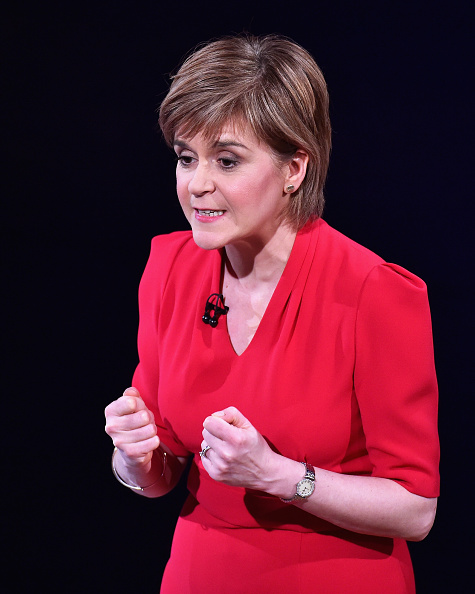 Waist Up「Scottish Party Leaders Participate In A Live STV Debate」:写真・画像(4)[壁紙.com]