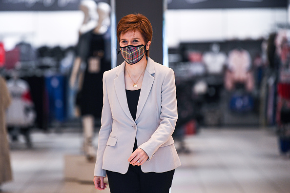 Pattern「Nicola Sturgeon Visits New Look Ahead Of Lockdown Reopening」:写真・画像(19)[壁紙.com]