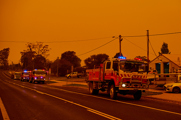 オーストラリア「Evacuation Notices Issued Across NSW As Firefighters Prepare For Dangerous Bushfire Conditions」:写真・画像(8)[壁紙.com]