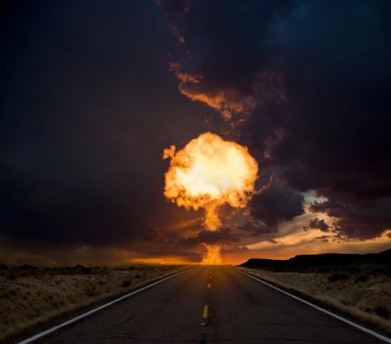 Destruction「Fireball exploding over a long road.」:スマホ壁紙(12)
