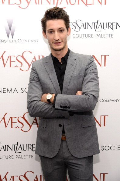 """North America「Yves Saint Laurent Couture Palette &  The Cinema Society Host The Premiere Of The Weinstein Company's """"Yves Saint Laurent"""" - Arrivals」:写真・画像(15)[壁紙.com]"""