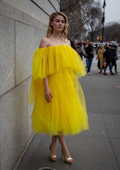 Yellow「Street Style - New York Fashion Week February 2019 - Day 5」:写真・画像(16)[壁紙.com]
