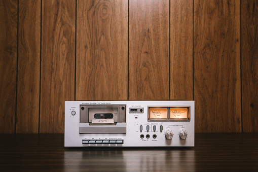 1980-1989「Cassette Player Stereo in Retro Style」:スマホ壁紙(16)