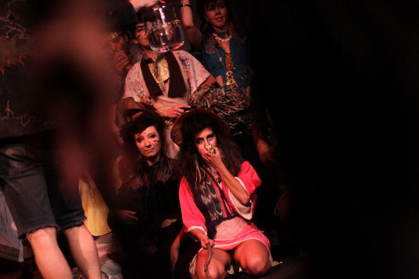 Stage - Performance Space「Runway Show Combines Mix Of Art And Fashion」:写真・画像(6)[壁紙.com]