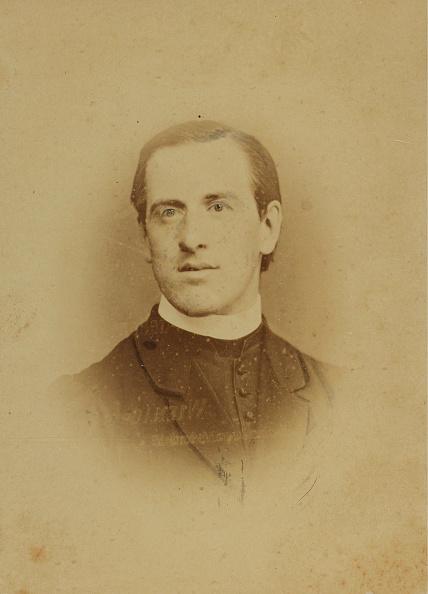 1880-1889「Young Clergyman」:写真・画像(5)[壁紙.com]