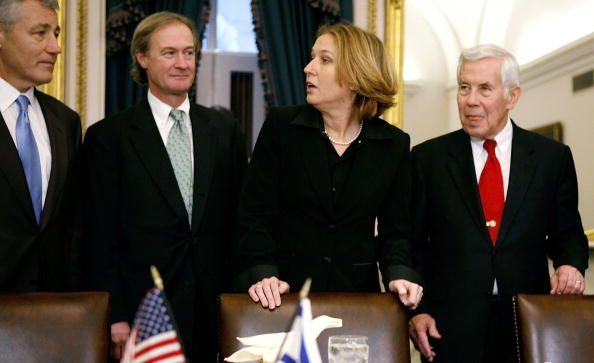 Joshua Roberts「Senate Foreign Relations Committee Meets With New Israeli Foreign Minister」:写真・画像(8)[壁紙.com]