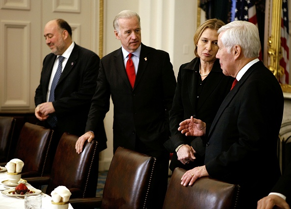 Joshua Roberts「Senate Foreign Relations Committee Meets With New Israeli Foreign Minister」:写真・画像(7)[壁紙.com]