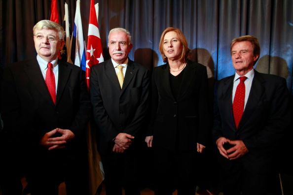 October「Tzipi Livni Hosts Foreign Ministry Conference」:写真・画像(10)[壁紙.com]