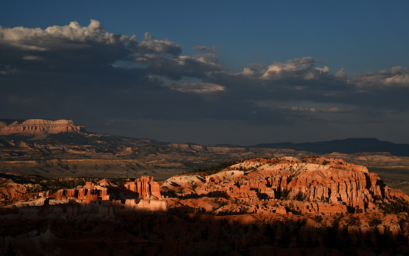 National Park「Views Of Bryce Canyon National Park」:写真・画像(6)[壁紙.com]