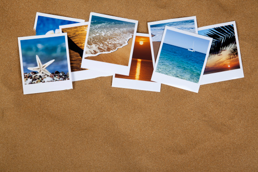 Instant Print Transfer「Vacation photos on the sand」:スマホ壁紙(9)