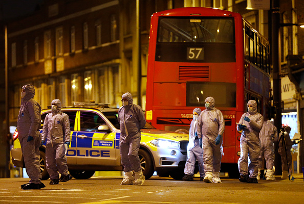 Forensic Science「Police Shoot Armed Man In South London」:写真・画像(8)[壁紙.com]
