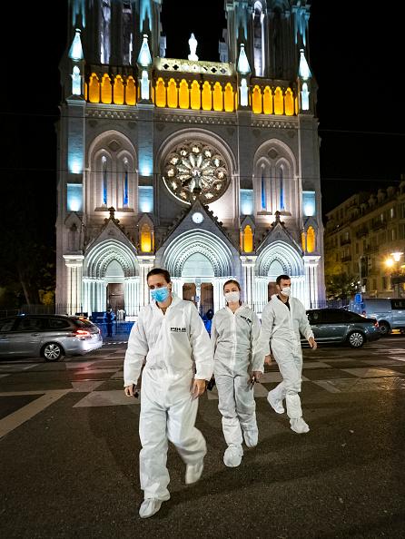 The Knife「Nice Church Terrorist Attack Aftermath」:写真・画像(7)[壁紙.com]