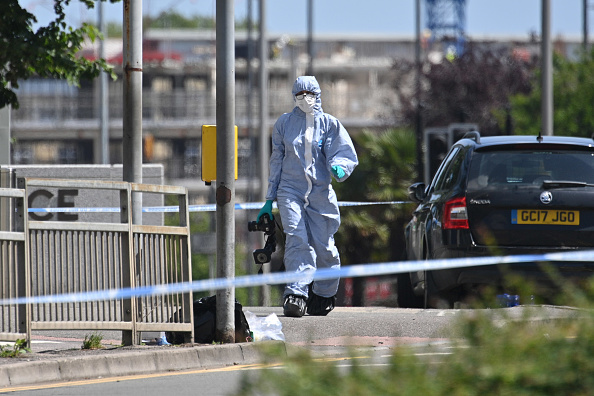Forensic Science「Scenes In Reading After Three People Stabbed To Death At The Weekend」:写真・画像(19)[壁紙.com]