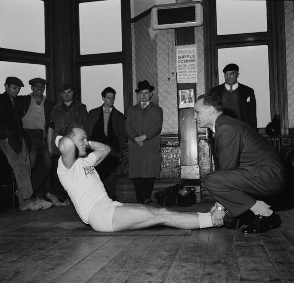 Henry Cooper「Cooper Trains With Brother」:写真・画像(12)[壁紙.com]
