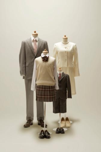 Well-dressed「family mannequin dressing a formal wear.」:スマホ壁紙(9)
