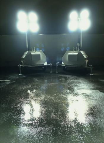 Generator「Generators in car park, below spotlights」:スマホ壁紙(1)