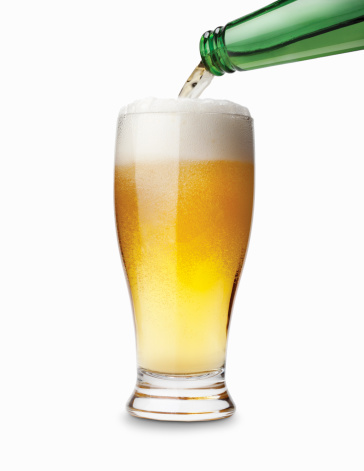 Two Objects「Bottle pouring a glass of beer」:スマホ壁紙(18)