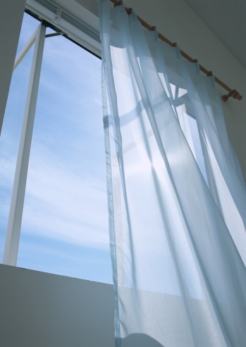 Low Angle View「Sheer window panel and window」:スマホ壁紙(13)